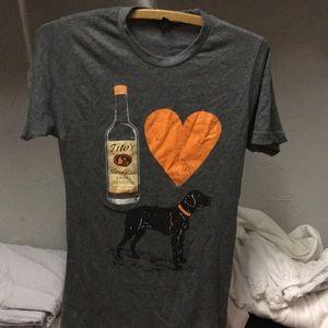 Tops - Tito's Vodak I love Dogs tee